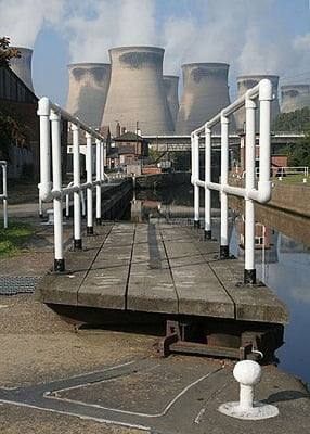 Ferrybridge_Lock_-_geograph.org.uk_-_579165