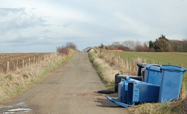 Blue and Grey bins in Fife