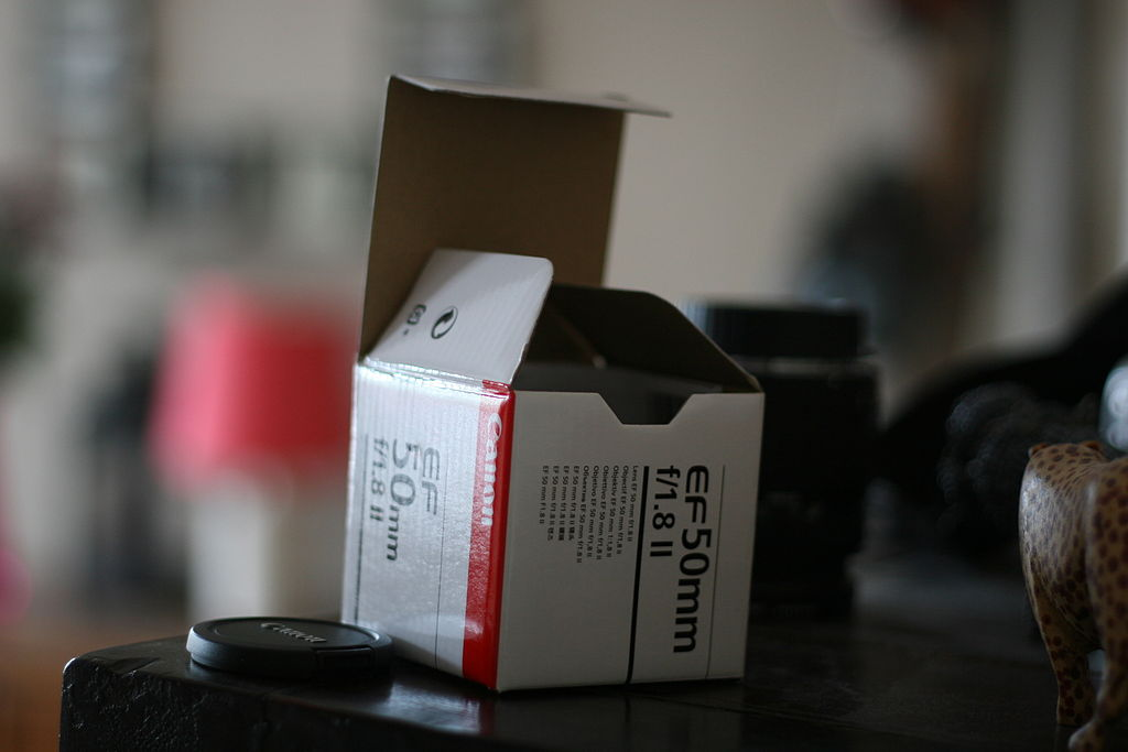 Canon EF 50mm F1.8 Film Box