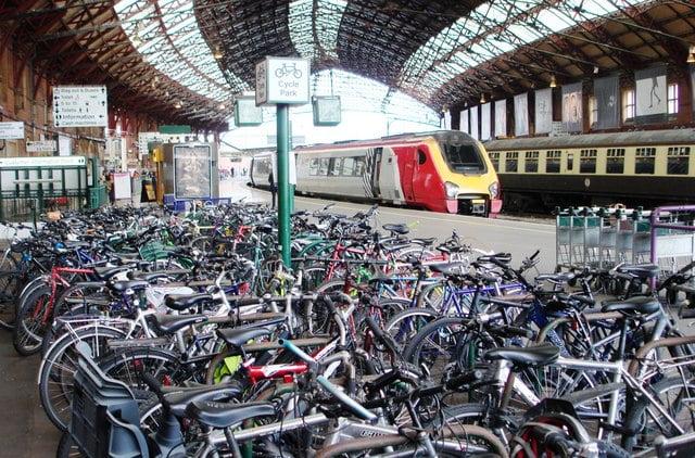 Sea_of_bikes_Bristol_TM_station_geograph.org.uk_984123
