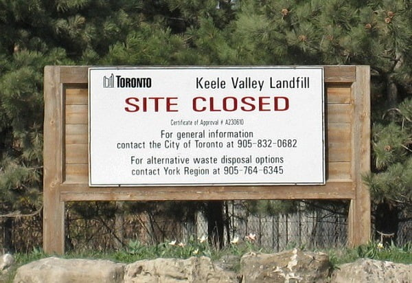 CROP-Keele_valley_dump_closed_sign